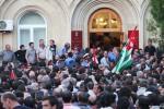 Obsadenie prezidentského paláca počas protestov v máji 2014. Zdroj: www.picture-alliance/dpa