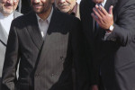 Arménsky minister zahraničia Vardan Oskanian a prezident Iránu Mahmúd Ahmadinedžád. Zdroj: REUTERS