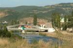 Most cez rieku Ibar - symbol rozdelenia Mitrovice. Zdroj: Time.com