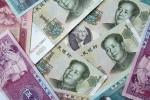 Jüany prekrývajú dolár – ilustračný obrázok. Zdroj: www.svpressa.ru
