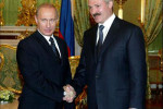 Prezidenti Bieloruska a Ruska Aleksander Lukašenko a Vladimir Putin. Zdroj: People´s Daily Online.