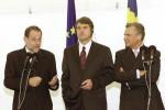 Prezidenti Poľska (Aleksander Kwaśniewski, vľavo) a Ukrajiny (Viktor Juščenko, v strede) s predstaviteľom EÚ pre zahraničnú politiku Javier Solana (vľavo). Zdroj: http://www.kwasniewskialeksander.eu